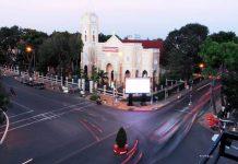 Tòa cảnh nhà thờ chính tòa Mỹ Tho