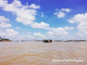 Du thuyền sẽ đưa bạn theo dòng sông Tiền ngắm nhìn Tứ Linh: Long - Lân - Qui - Phụng