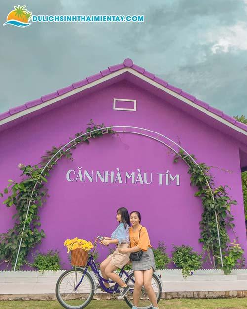 Tour miền Tây giá rẻ - Căn nhà màu tím