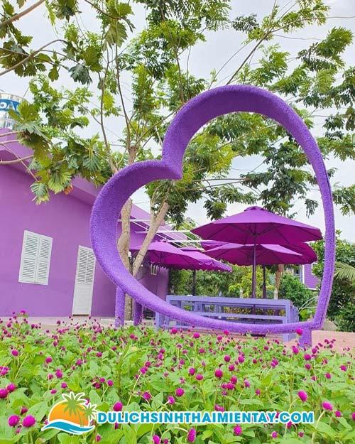 Tour miền Tây 2N1D Cần Thơ Đồng Tháp - Căn nhà màu tím